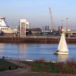 Promy do Anglii: Port Calais zbliża się do rekordu przepustowości