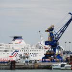 Port Calais grozi działaniami prawnymi