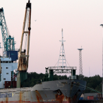 Dwoje polskich marynarzy zmarło na statku towarowym u wybrzeży Afryki