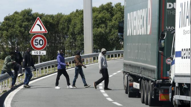 Zaostrzono środki bezpieczeństwa na obwodnicy Calais