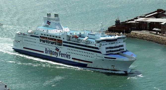 Brittany Ferries: Odwołane rezerwacje na przeprawy przez kanał La Manche