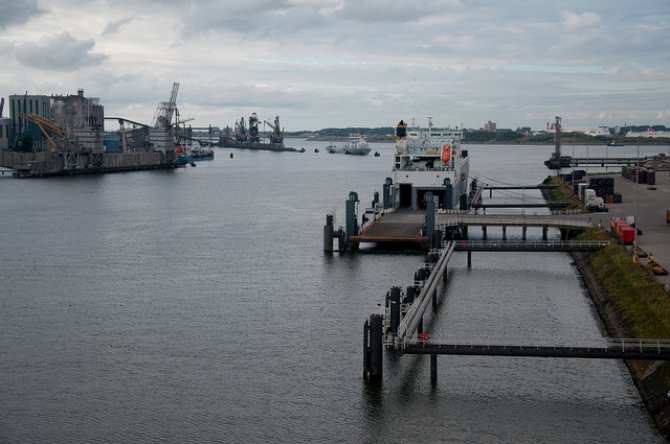 Promy do Anglii: P&O Ferries ujawnia plany Europoortu