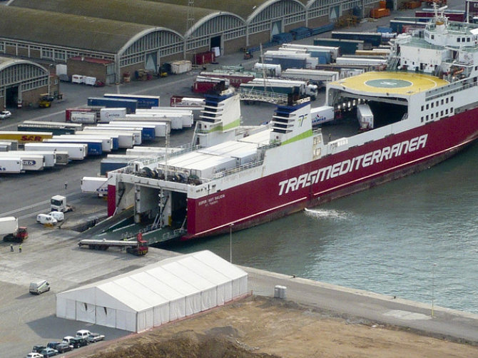 Transmediterranea podaje układ statków na lato 2016