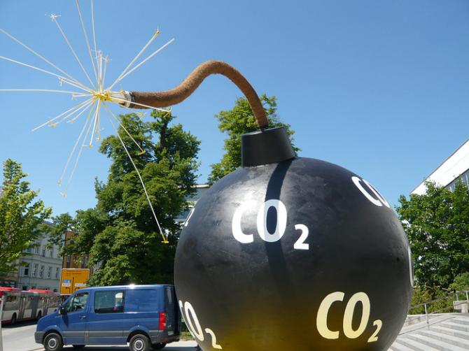 Ekologia: Apel do sektora morskiego o redukcję emisji CO2