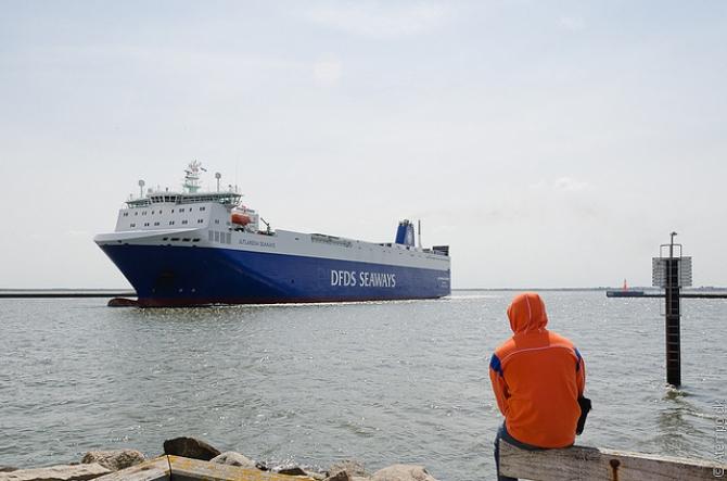 Promy do Anglii: DFDS przenosi największy statek na trasę Rotterdam-Immingham