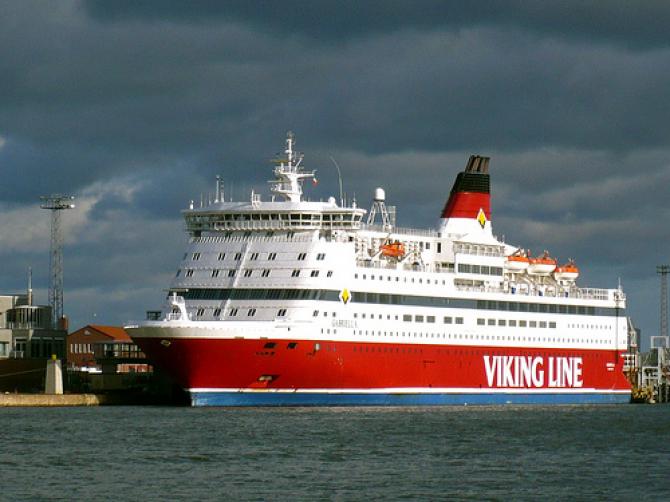 Promy do Estonii: Wysoka konkurencja odzwierciedlona w wynikach Viking Line