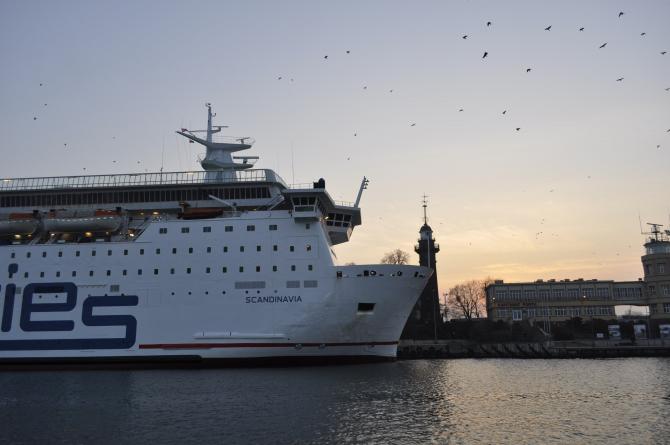 Terminal Westerplatte nowe miejsce cumowania promu w Gdańsku