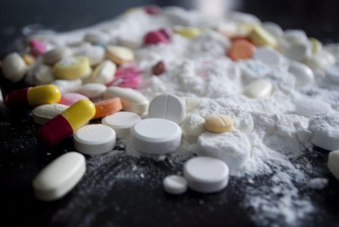 Francuska policja przechwyciła rekordową ilość kokainy, która przypłynęła do Hawru