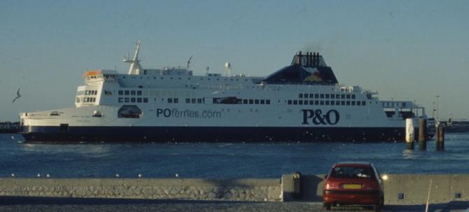 Więcej promów i rejsów P&O Ferries na trasie Calais-Dover v.v.!