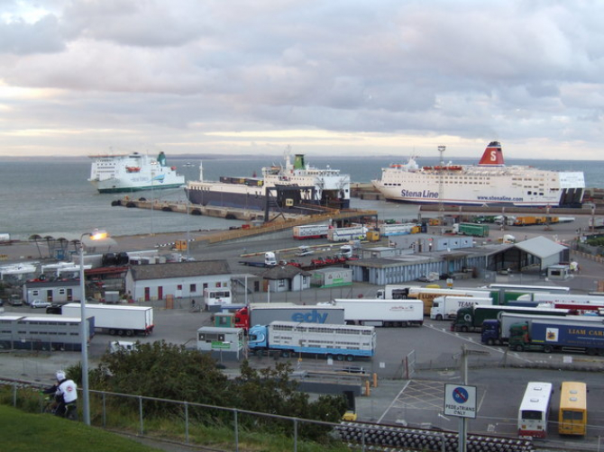 Promy z Francji do Irlandii: trasy, rozkłady, ceny