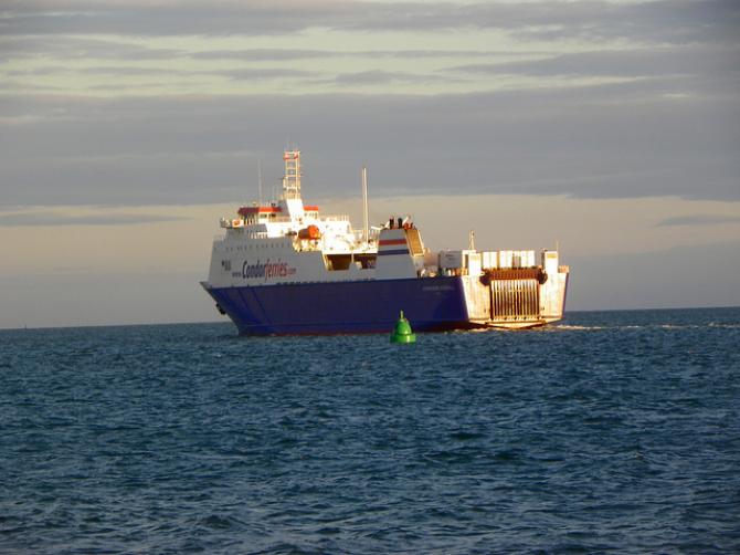 """""""Awaria techniczna"""" na pokładzie statku Commodore Clipper"""