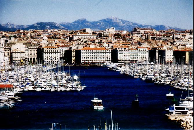 Port w Marsylii notuje 6% spadek usług cargo w pierwszym półroczu