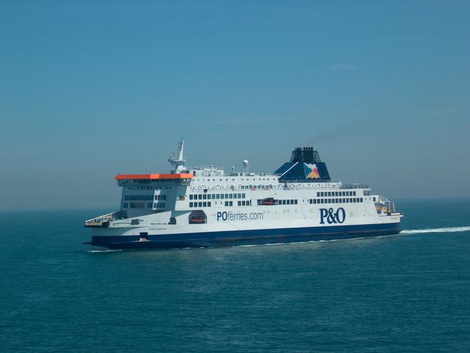 Calais – Dover: Ugaszony pożar na pokładzie jednostki operatora P&O Ferries