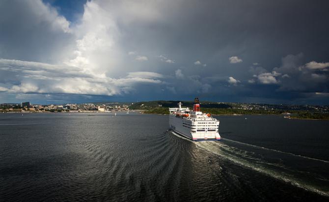 LNG czy metanol, czyli różne podejścia szwedzkich armatorów do paliw