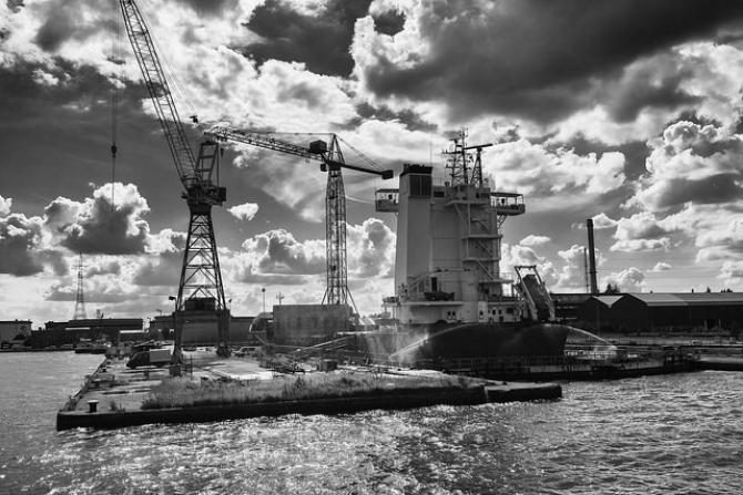 Europejskie porty: Stacja LNG w Antwerpii- i to już w 2016!