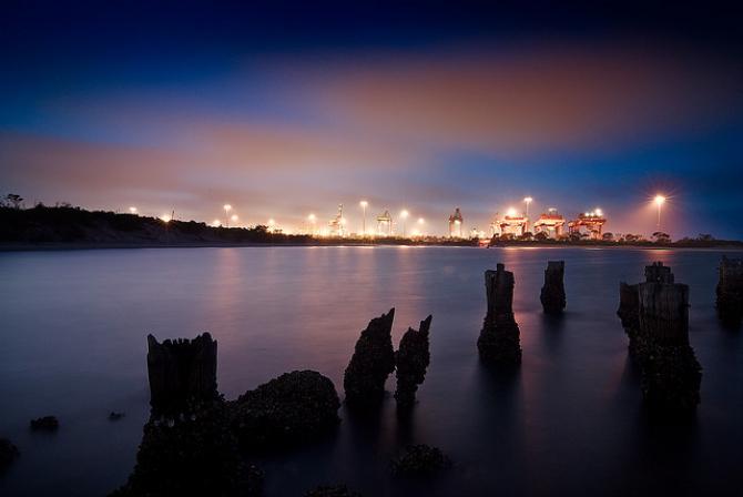 Porty: ostrzeżenie przed emisją generowaną przez żeglugę