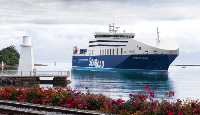 lng-ferry.jpg